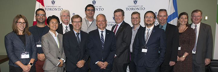 Group shot of University of Toronto group, including President Meric Gertler, and City of Toronto Mayor John Tory after signing a joint Memorandum of Understanding on October 2, 2017.